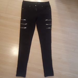 Black Zara Trafaluc stretchy denim pants/ jeans